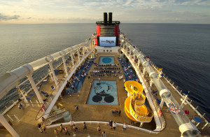 DISNEY DREAM'S UPPER DECKS